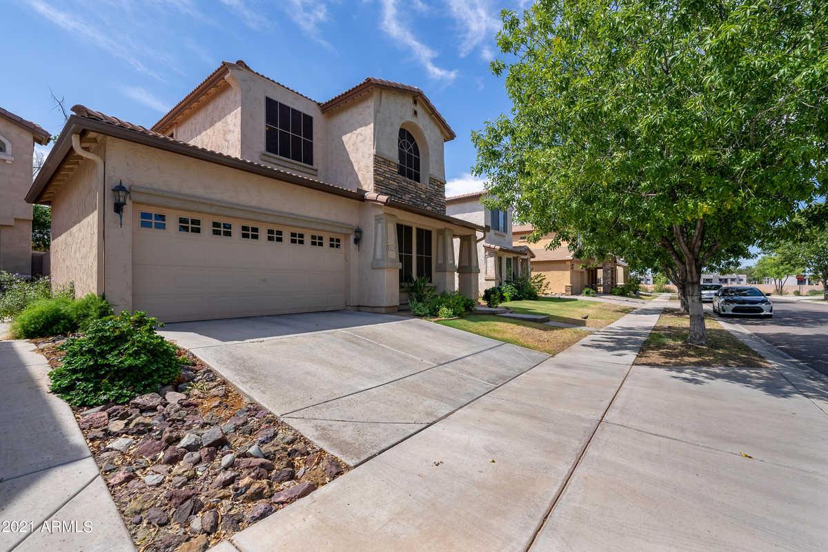 $409,900 - 3Br/3Ba - Home for Sale in Cobblestone, Phoenix