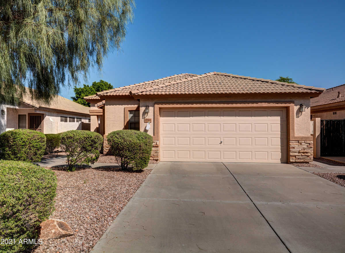 $398,000 - 3Br/2Ba - Home for Sale in Greystone Heritage At Ventana Lakes, Peoria