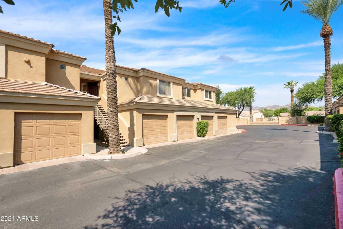 $397,500 - 2Br/2Ba -  for Sale in Pavilions On Camelback Condominium, Phoenix