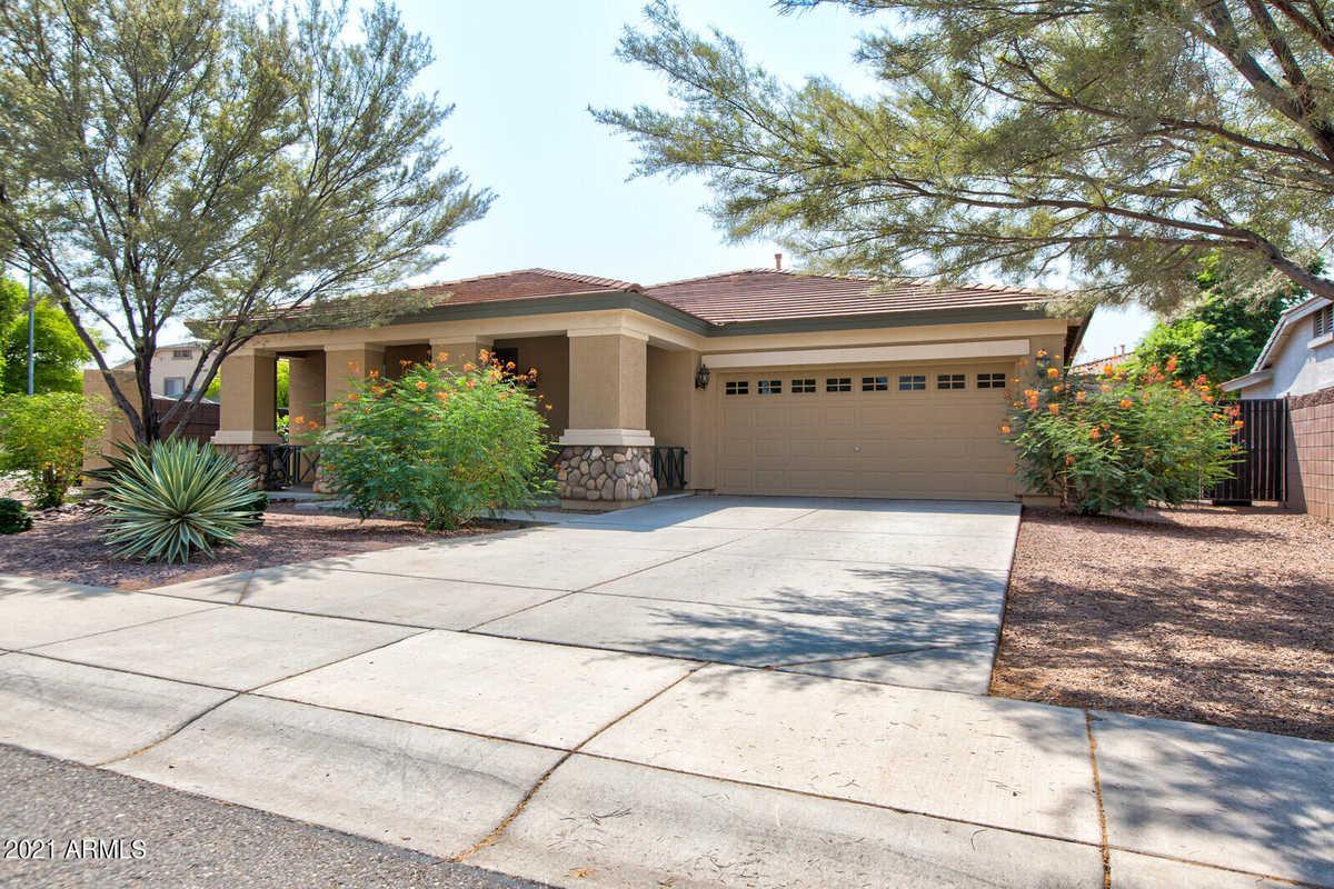 $435,000 - 4Br/2Ba - Home for Sale in Fulton Estates, Avondale