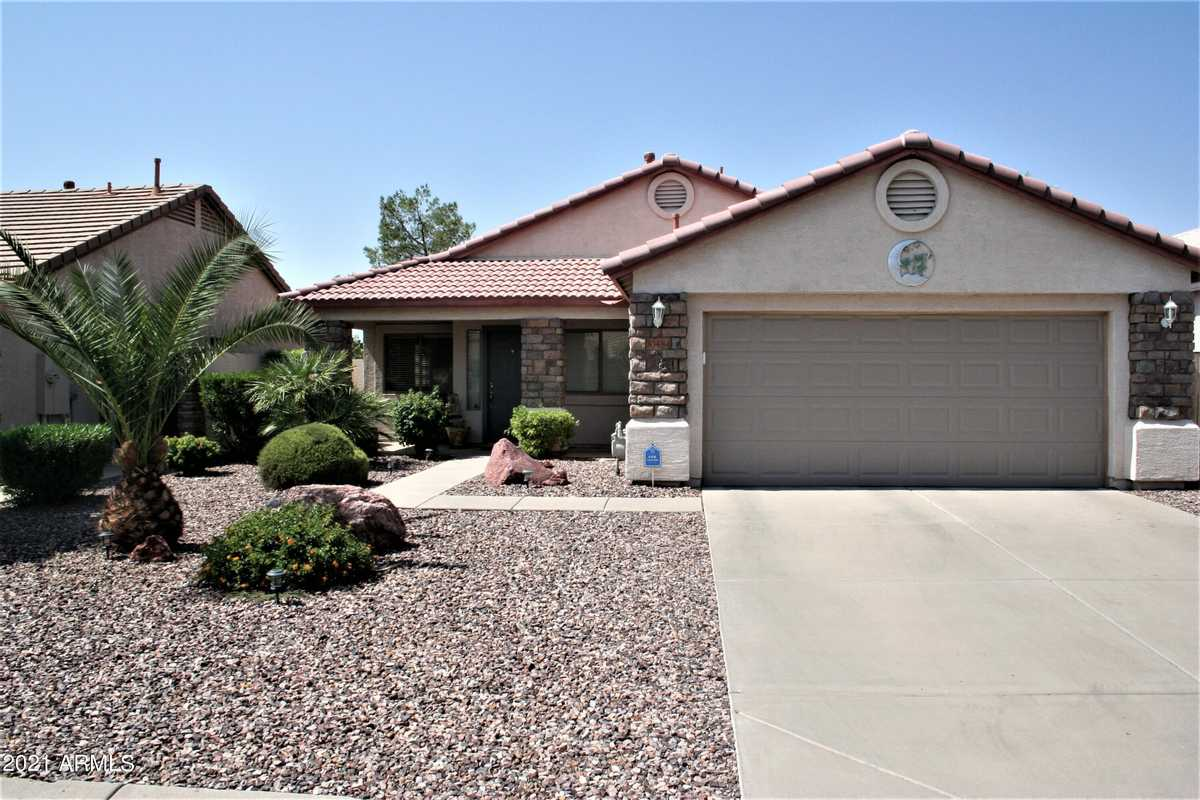 $345,000 - 3Br/2Ba - Home for Sale in Johnson Ranch Unit 2, San Tan Valley