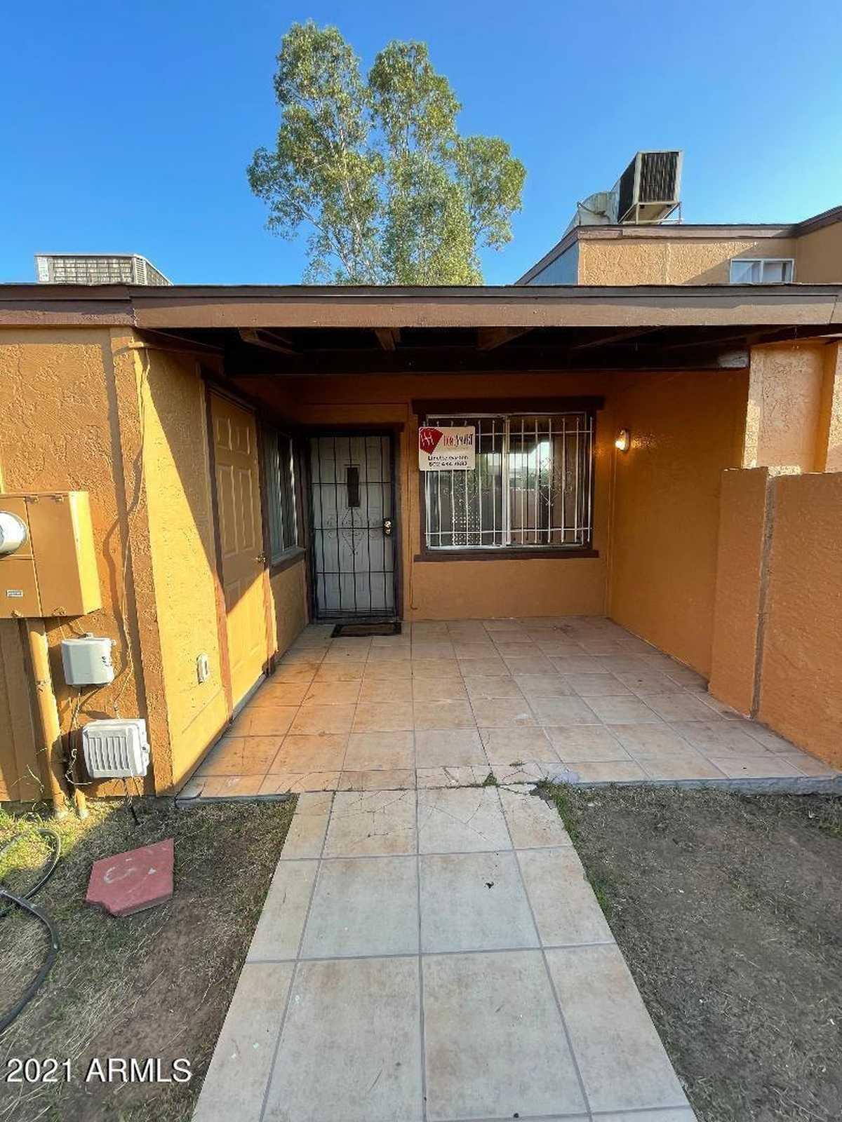 $165,000 - 2Br/1Ba -  for Sale in Cypress Gardens No 5 Amd, Phoenix