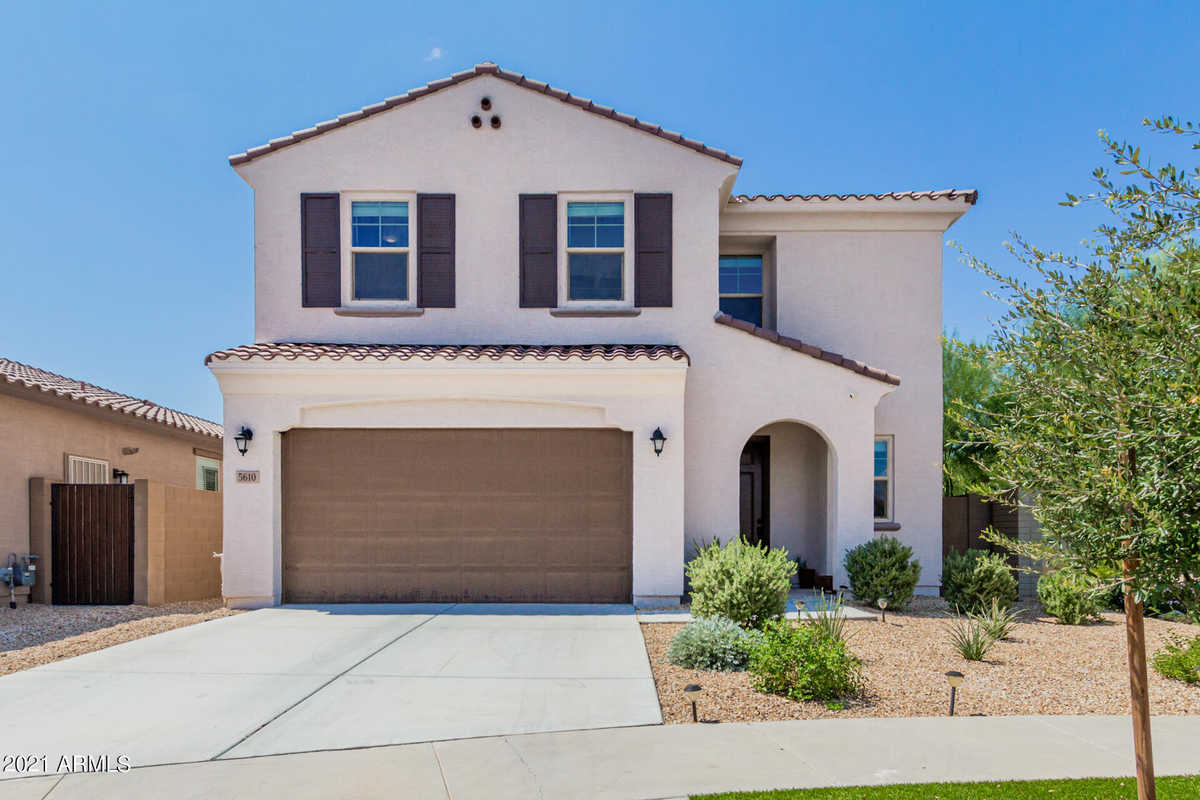 $495,000 - 3Br/3Ba - Home for Sale in Southern Enclave, Phoenix