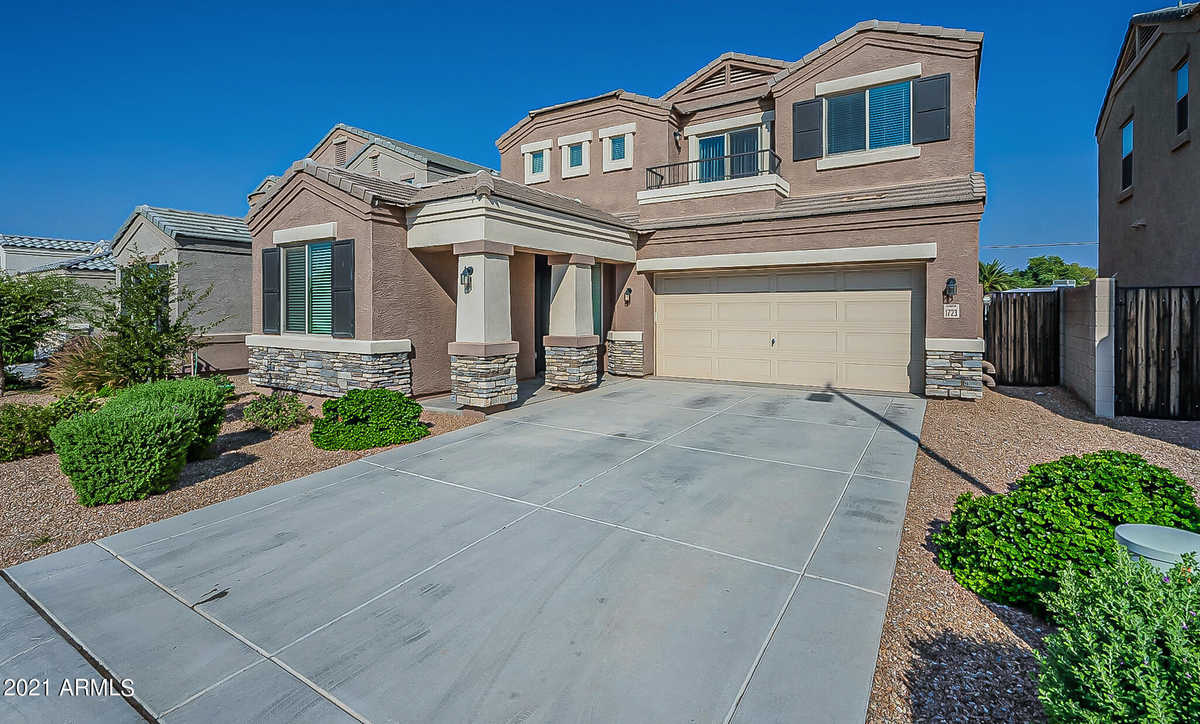 $589,000 - 5Br/3Ba - Home for Sale in Riverview Village, Mesa