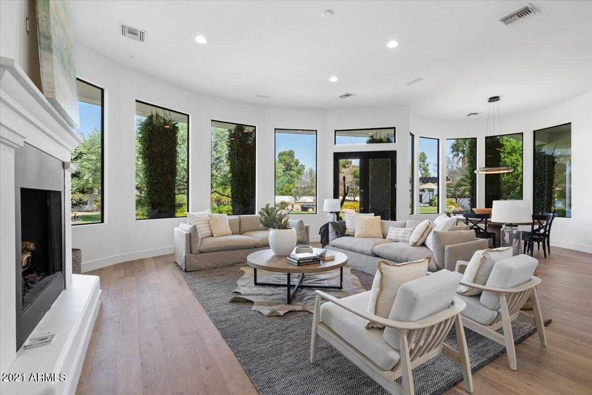 $3,999,999 - 5Br/5Ba - Home for Sale in Doubletree Ranchos 2, Paradise Valley