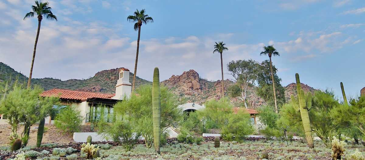 $1,875,000 - 3Br/4Ba - Home for Sale in Carefree Grand View Estates 2, Carefree