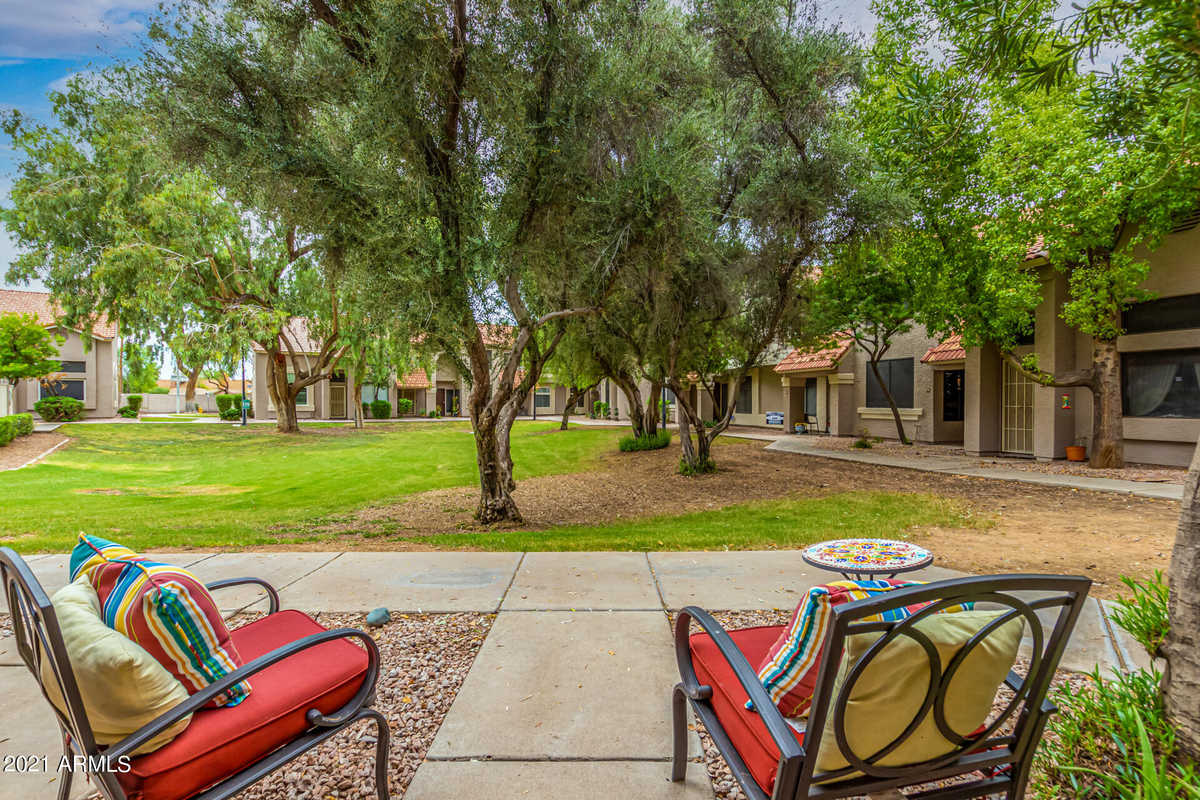$339,900 - 2Br/3Ba -  for Sale in Townes At Southpark, Chandler