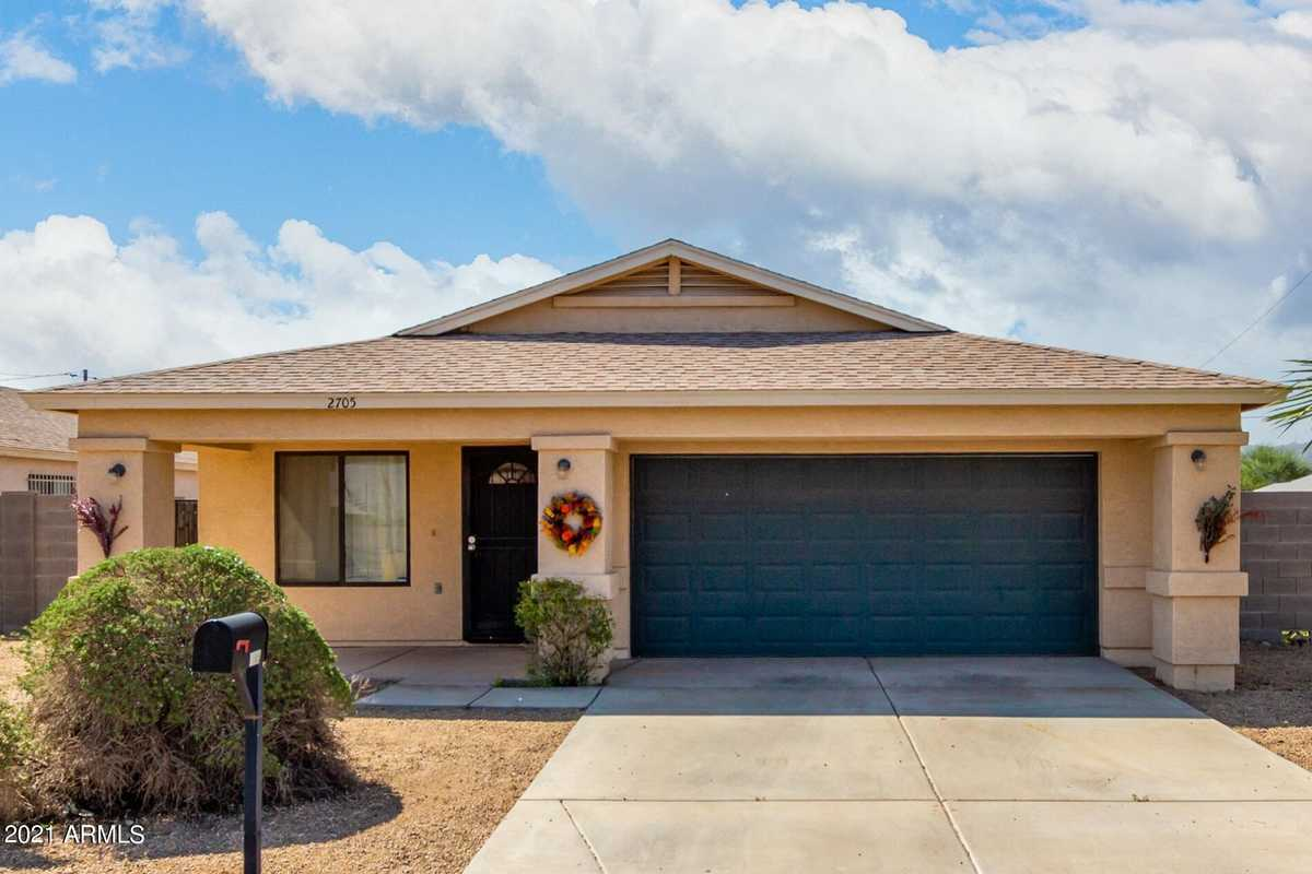 $335,000 - 3Br/2Ba - Home for Sale in Broadway Estates Lots 137-158, Phoenix