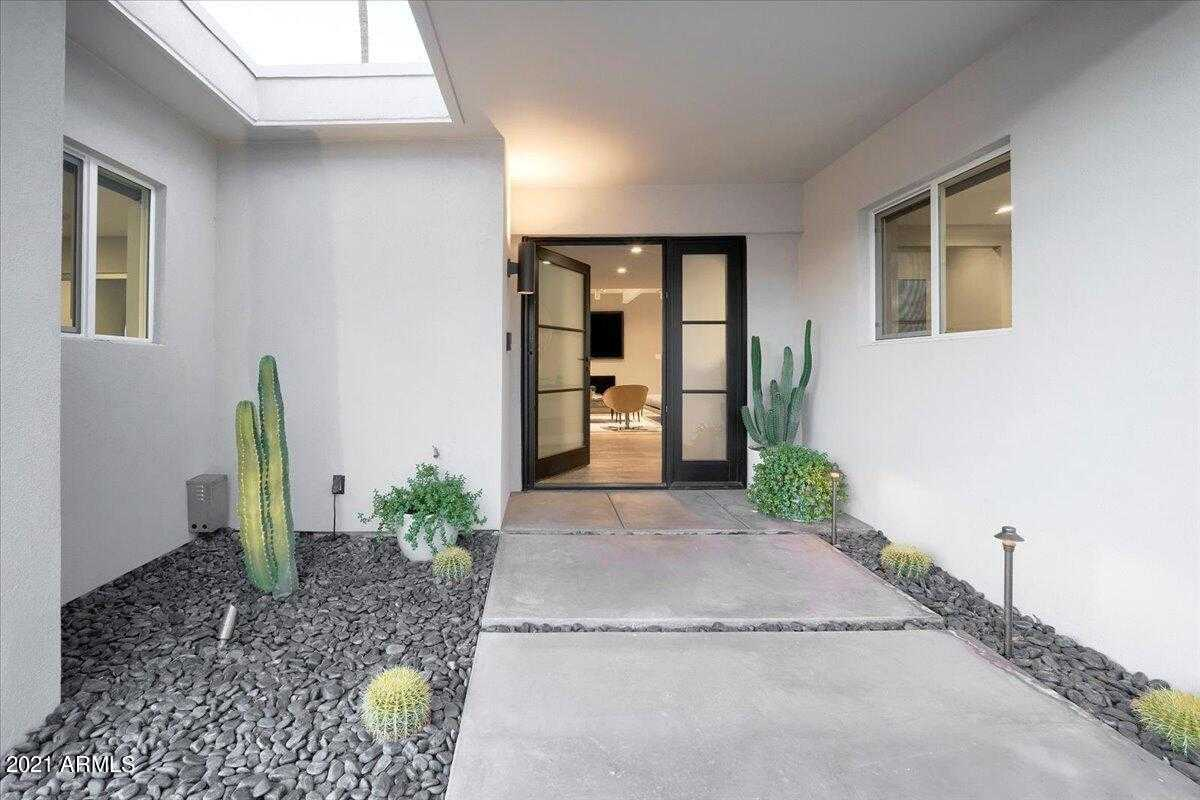 $1,888,800 - 3Br/3Ba - Home for Sale in Colonia Miramonte, Paradise Valley