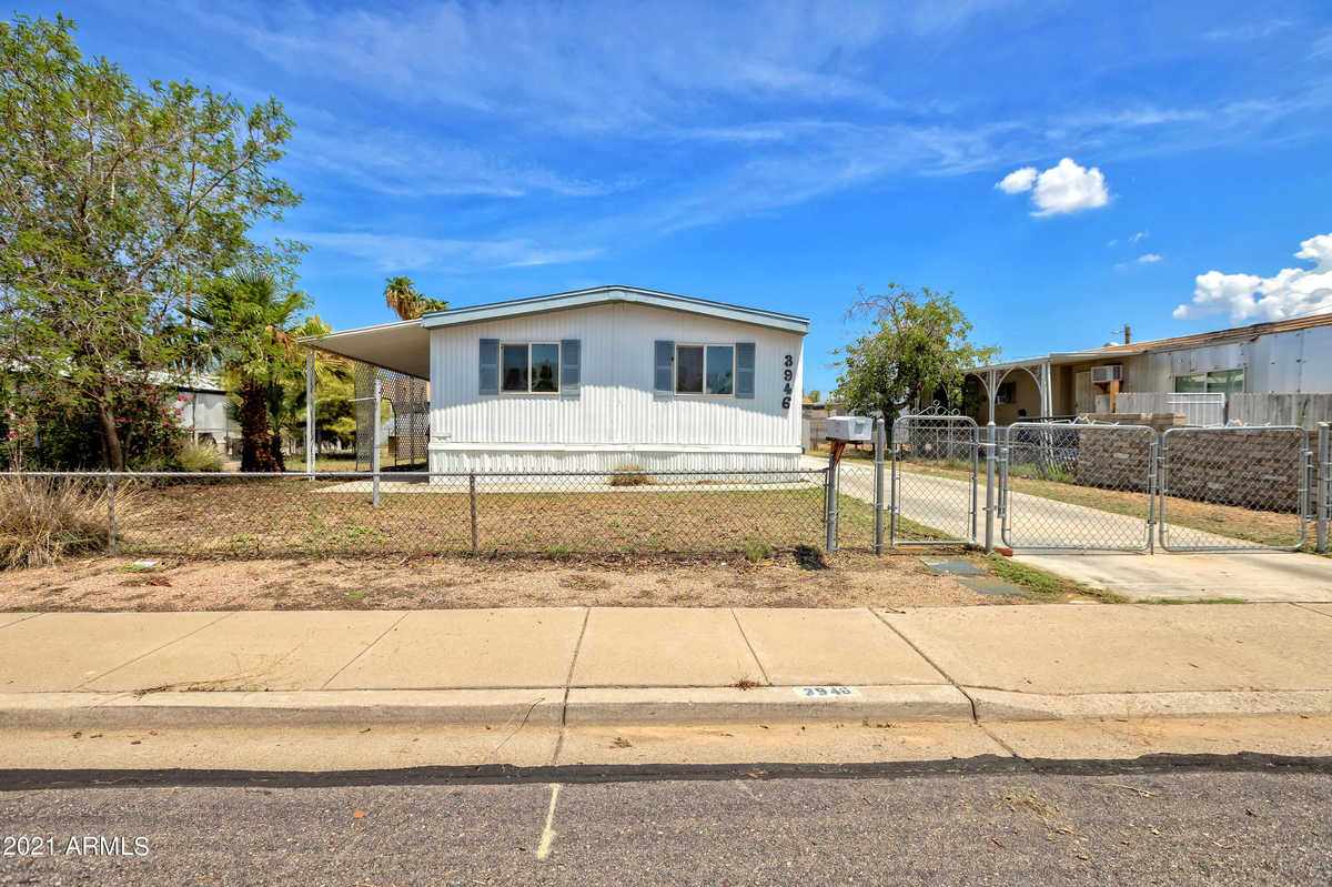 $230,000 - 3Br/2Ba -  for Sale in Country Life Unit 4, Mesa