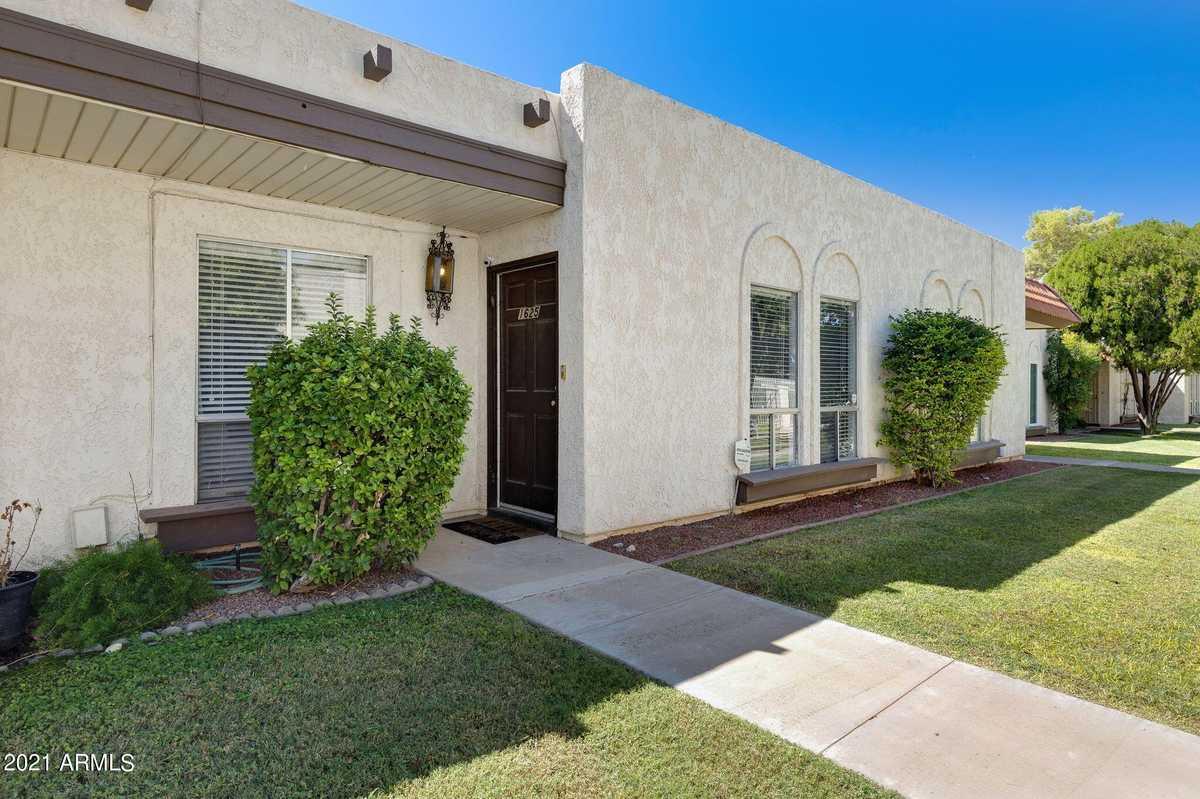 $305,000 - 2Br/2Ba -  for Sale in Villa El Dorado, Scottsdale