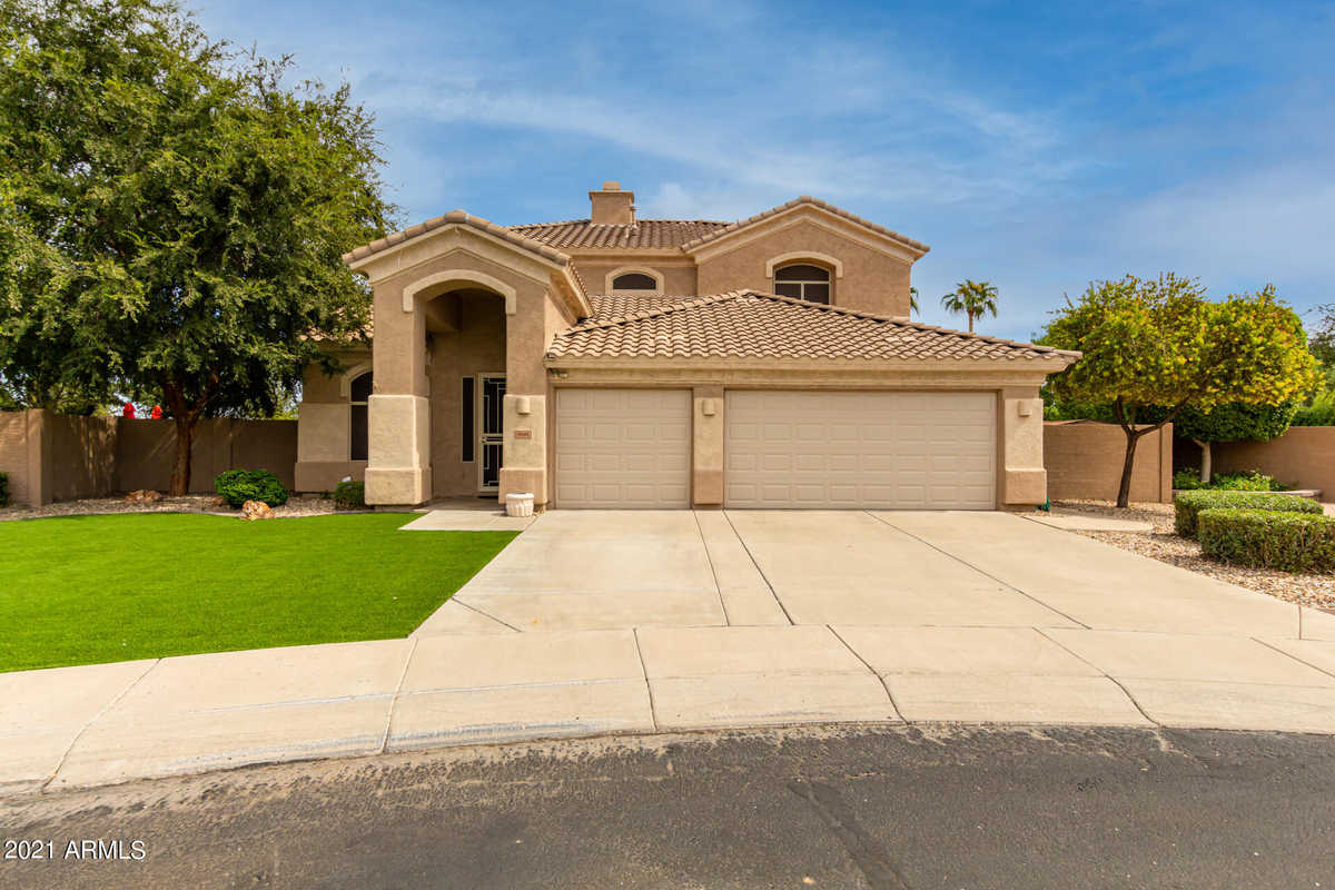 $695,000 - 4Br/4Ba - Home for Sale in Highlands At Arrowhead Ranch 3, Glendale