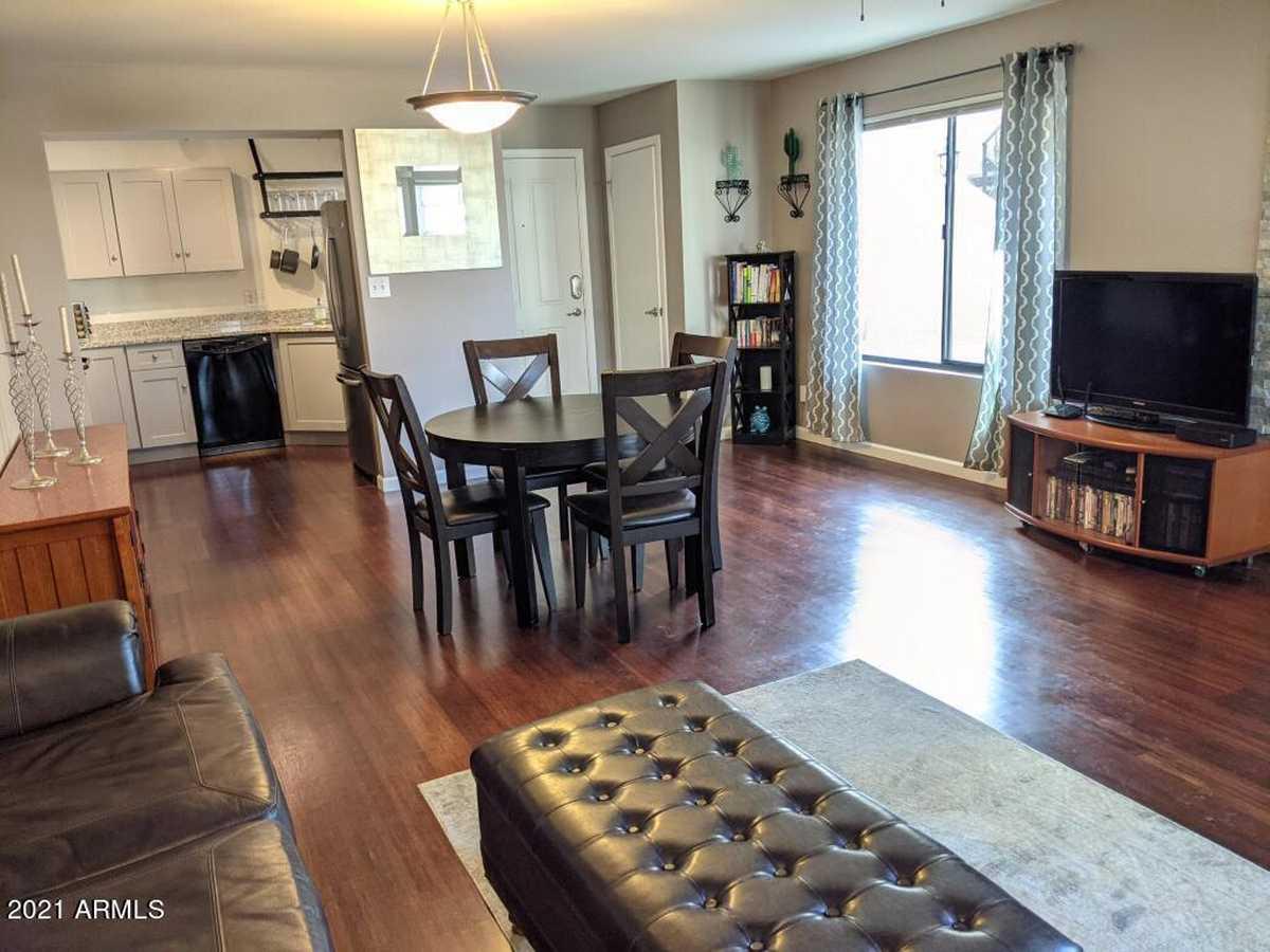 $330,000 - 2Br/2Ba -  for Sale in Venetian Condominium Phase 2, Scottsdale