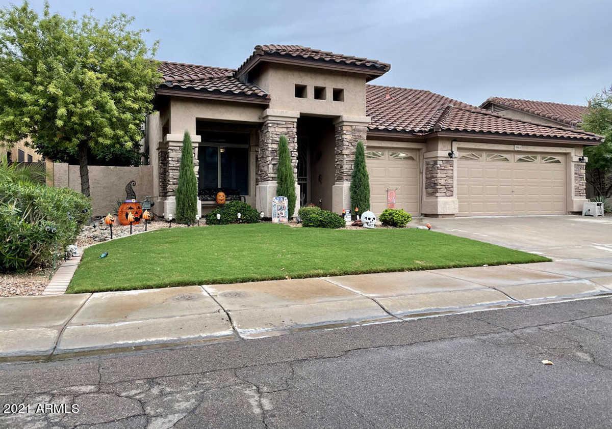 $559,900 - 3Br/2Ba - Home for Sale in Ocotillo Parcels 18 & 19, Chandler