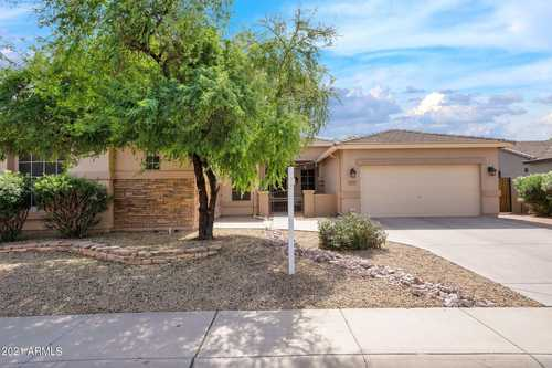 $699,900 - 4Br/3Ba - Home for Sale in Brooks Ranch, Chandler