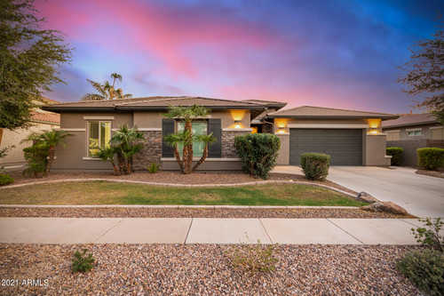 $750,000 - 4Br/3Ba - Home for Sale in Lagos Vistoso, Chandler