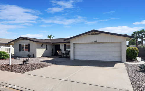 $389,900 - 3Br/2Ba - Home for Sale in Sunland Village 3 Lots 555 Through 859 & Tract J, Mesa