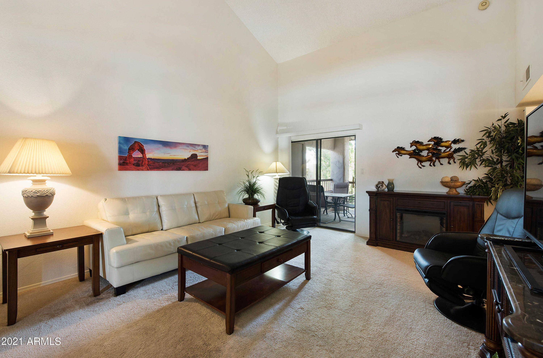 $260,000 - 1Br/1Ba -  for Sale in Village 2-b, Scottsdale