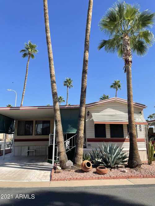 $121,000 - 1Br/1Ba -  for Sale in Roadhaven Resort Of Apache Junction, Apache Junction
