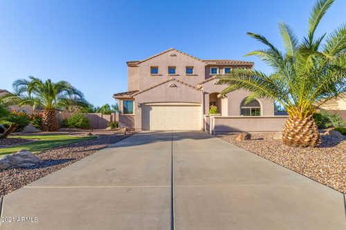 $639,000 - 3Br/3Ba - Home for Sale in Nova Vista Unit D, Mesa
