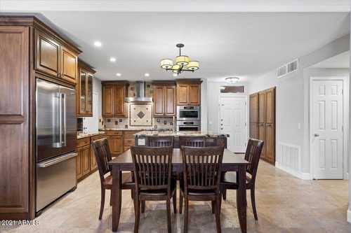 $515,000 - 3Br/2Ba -  for Sale in Venu At Grayhawk Condominium, Scottsdale