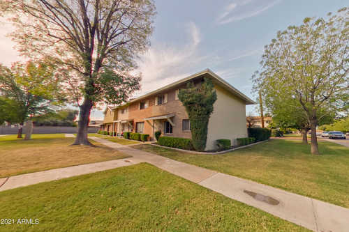 $409,900 - 3Br/2Ba -  for Sale in Park Scottsdale Townhouse Unit Two, Scottsdale