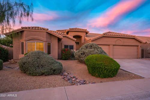 $799,900 - 3Br/2Ba - Home for Sale in Ironwood Village 8-c, Scottsdale