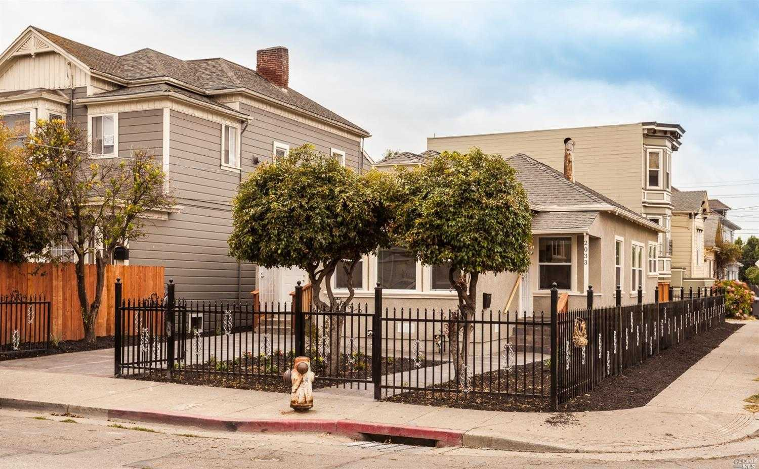 $599,000 - 2Br/2Ba -  for Sale in Oakland