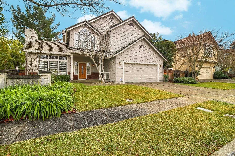 $1,189,000 - 3Br/3Ba -  for Sale in Foxridge, Napa