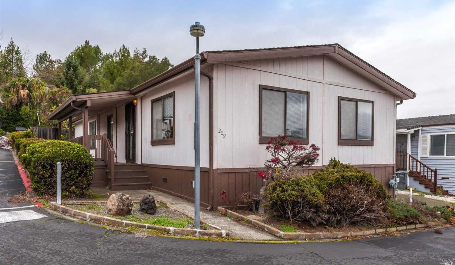$299,000 - 2Br/2Ba -  for Sale in Vallejo