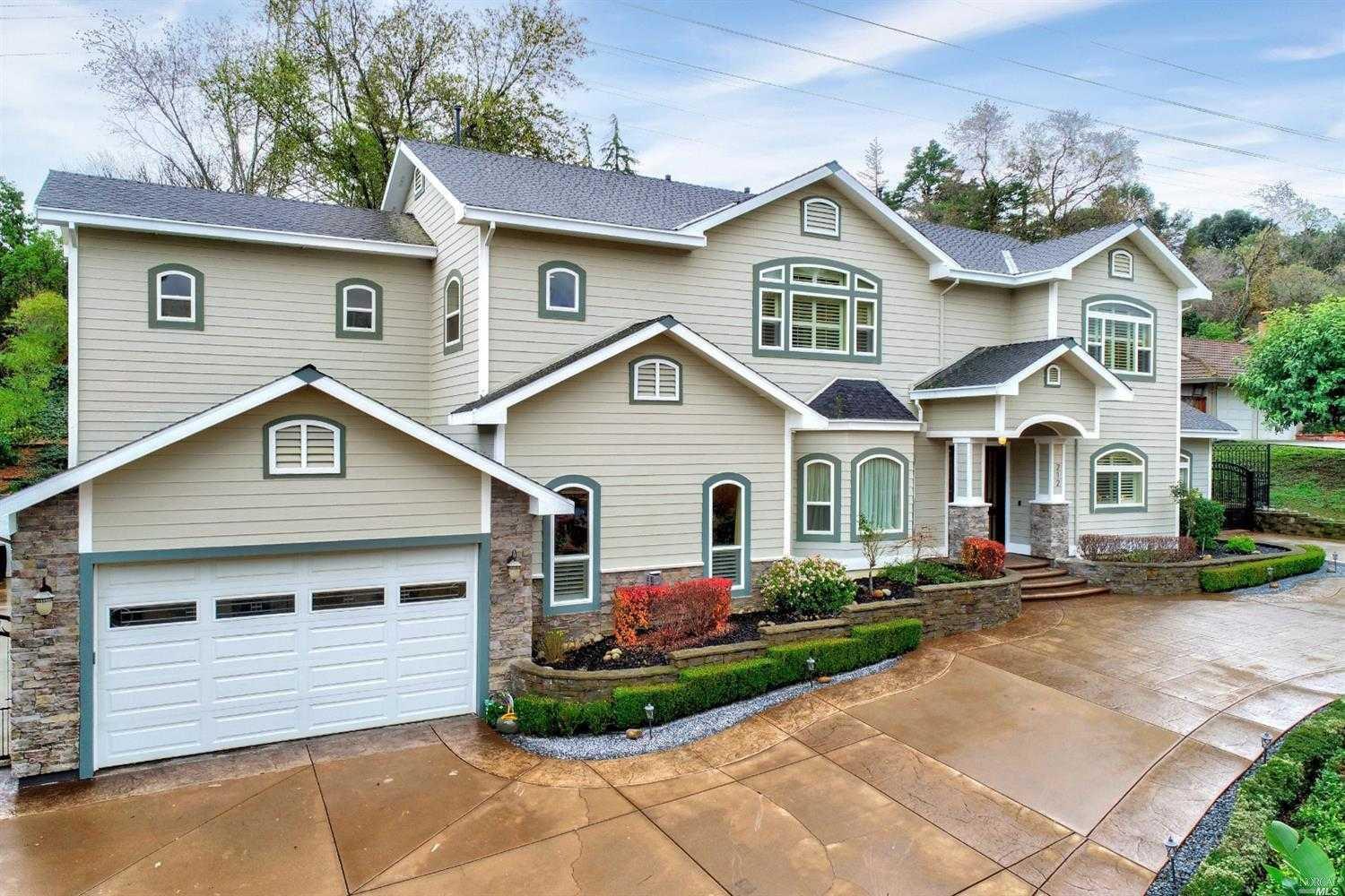$1,150,000 - 5Br/4Ba -  for Sale in Vacaville