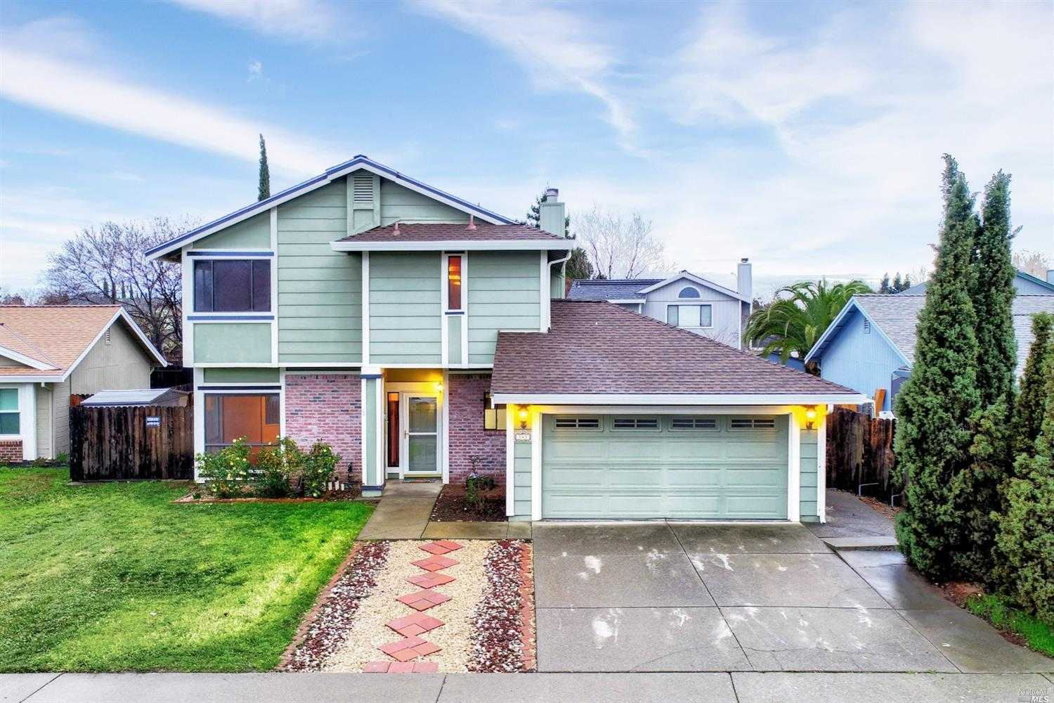 $474,900 - 3Br/3Ba -  for Sale in Vacaville