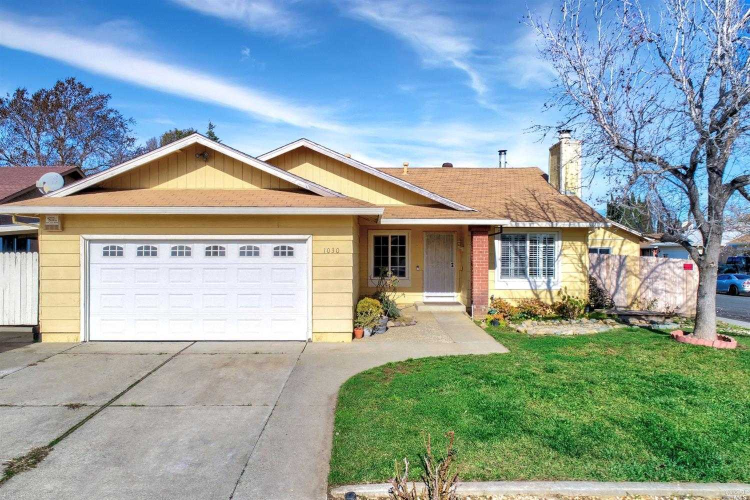 $390,000 - 4Br/2Ba -  for Sale in Suisun City