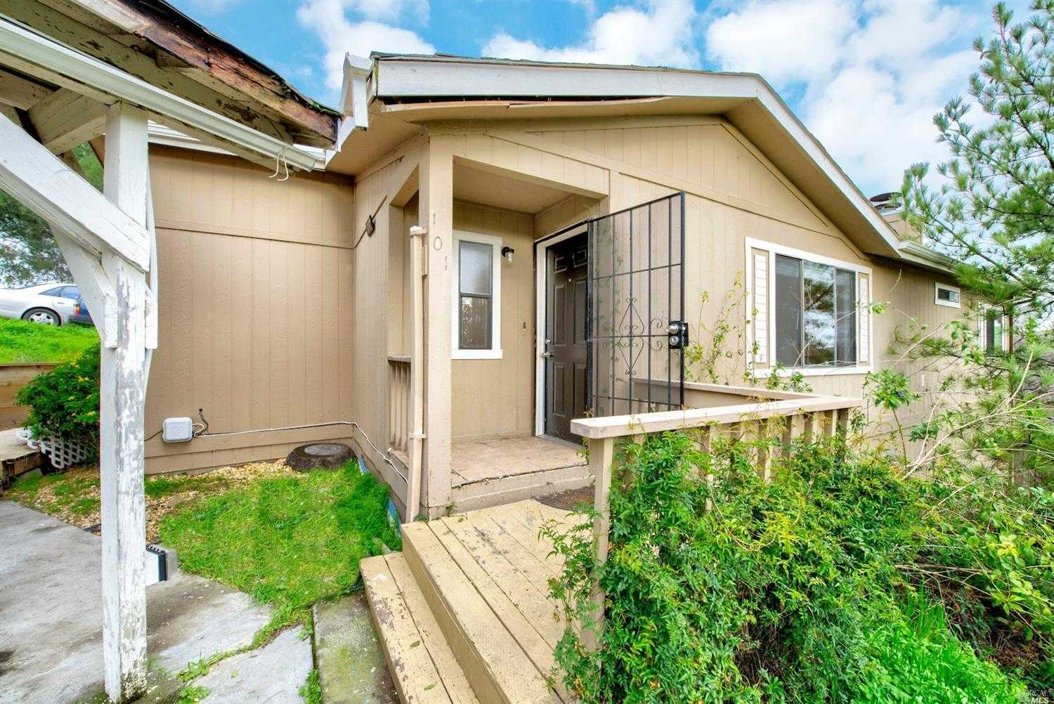 $420,000 - 3Br/2Ba -  for Sale in Martinez