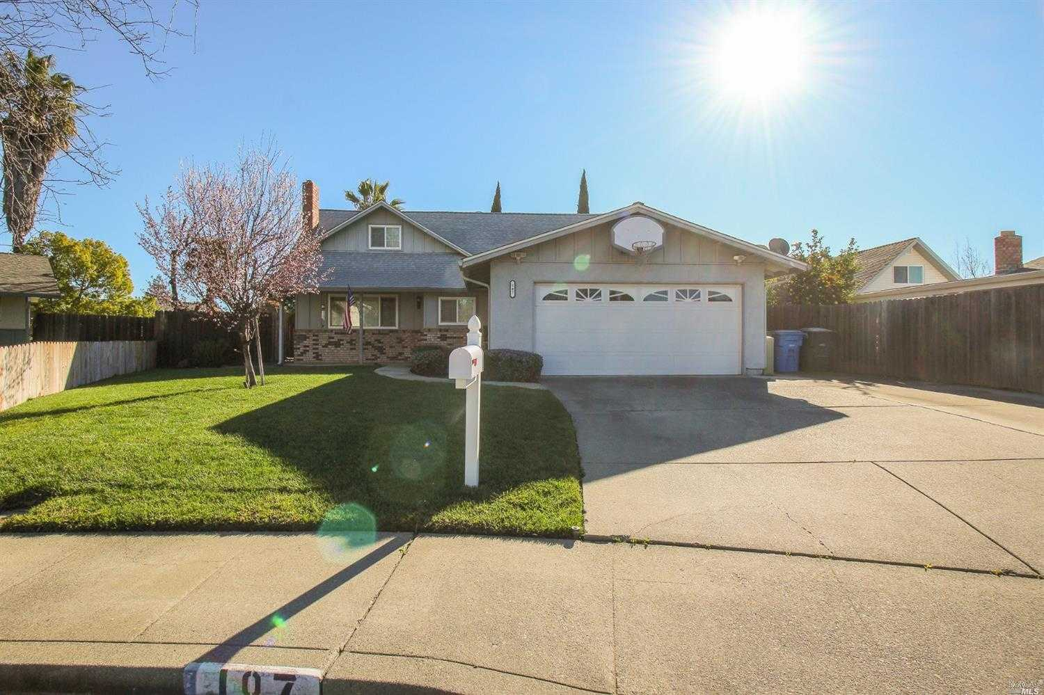 $439,000 - 3Br/2Ba -  for Sale in Vacaville