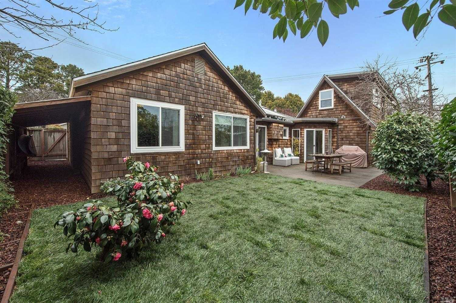$1,649,000 - 4Br/2Ba -  for Sale in Mill Valley