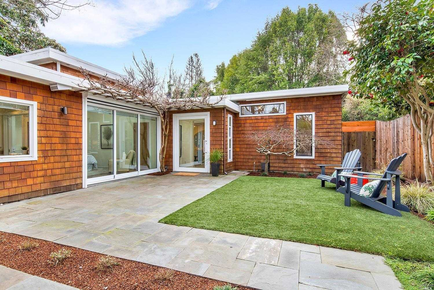 $2,495,000 - 3Br/3Ba -  for Sale in Mill Valley