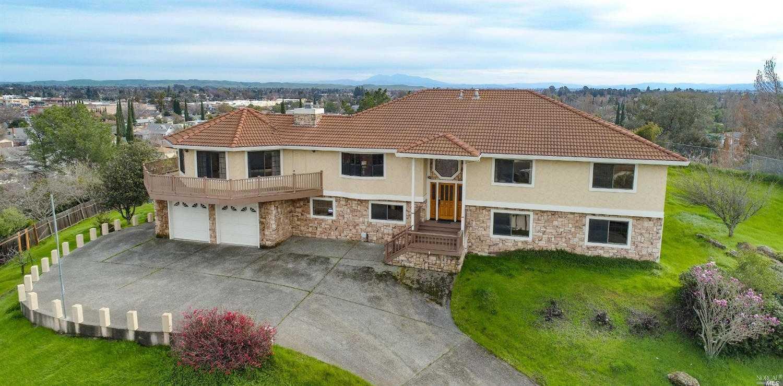 $679,000 - 4Br/3Ba -  for Sale in Fairfield