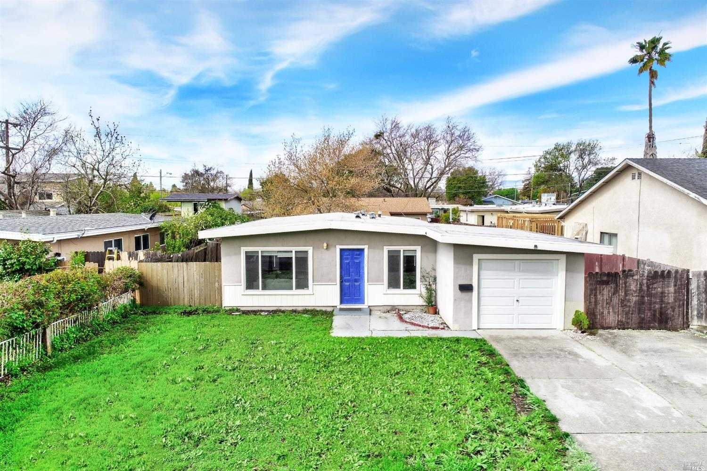 $350,000 - 3Br/1Ba -  for Sale in Fairfield