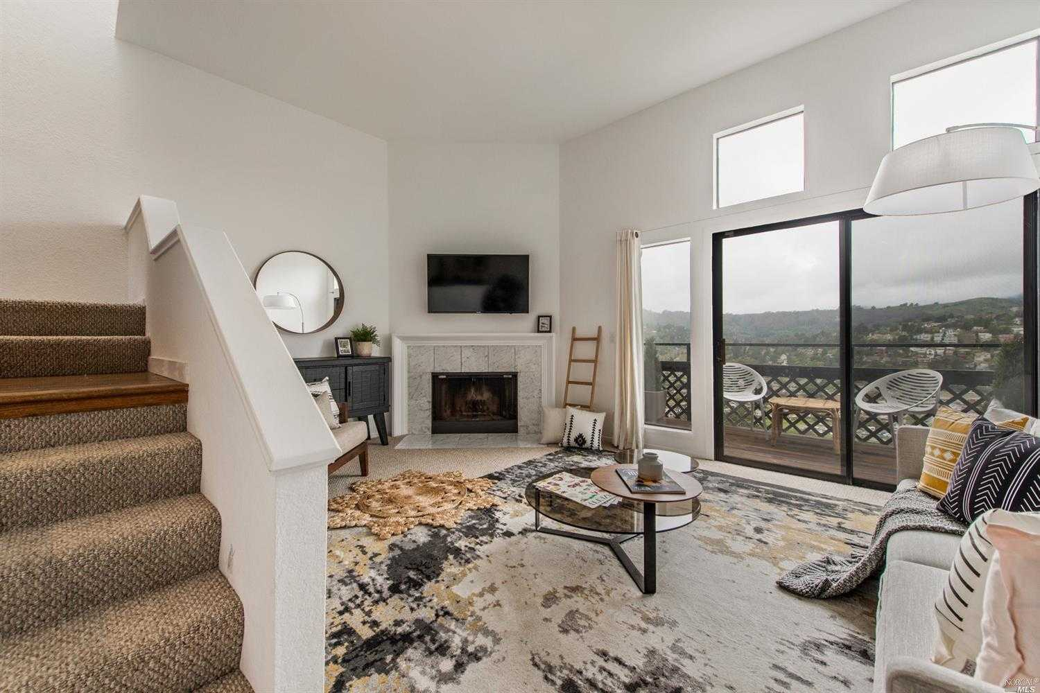 20 Ridgeview Court Sausalito, CA 94965