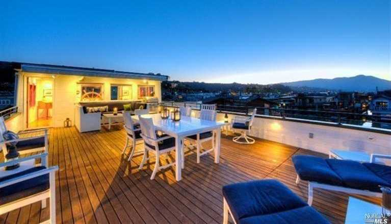 $2,700,000 - 3Br/3Ba -  for Sale in Sausalito