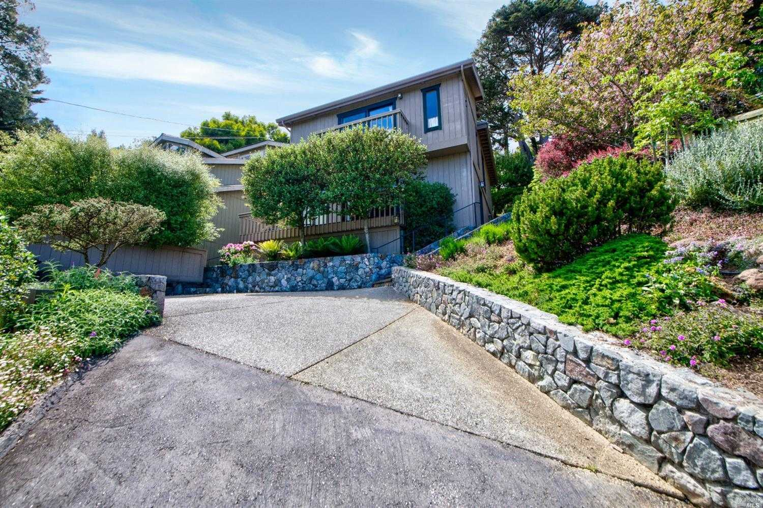 $1,149,000 - 3Br/2Ba -  for Sale in Mill Valley