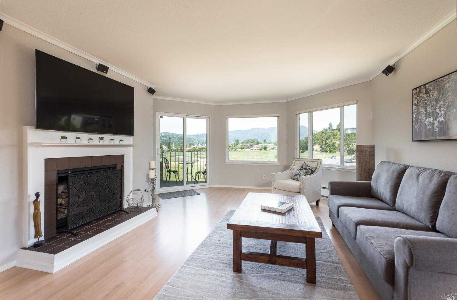 $638,888 - 1Br/1Ba -  for Sale in Mill Valley