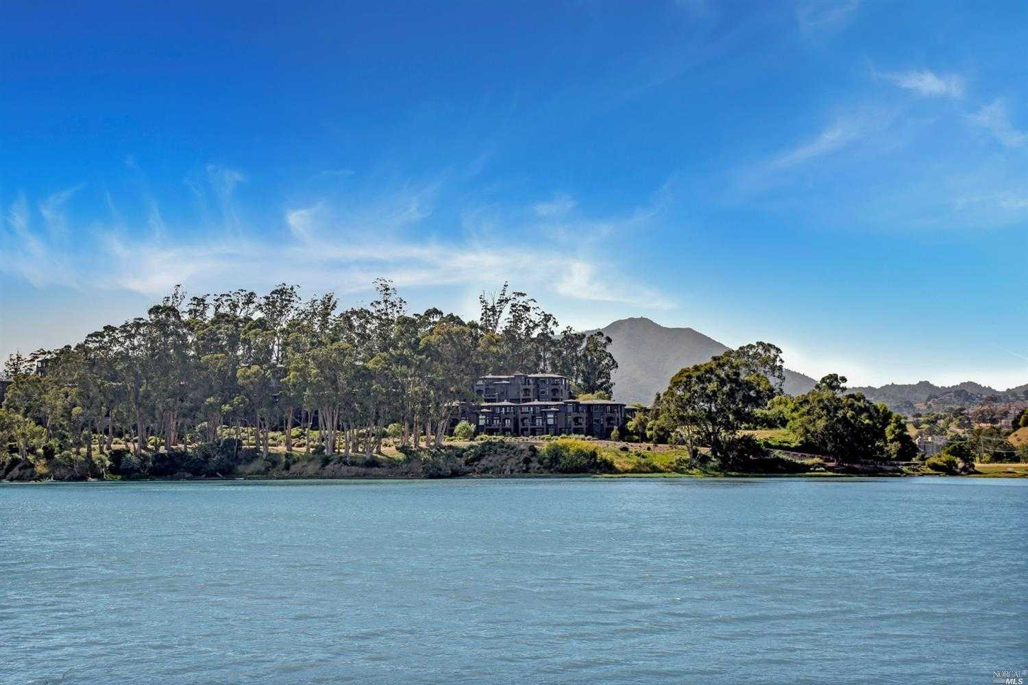 $1,745,000 - 3Br/3Ba -  for Sale in Mill Valley