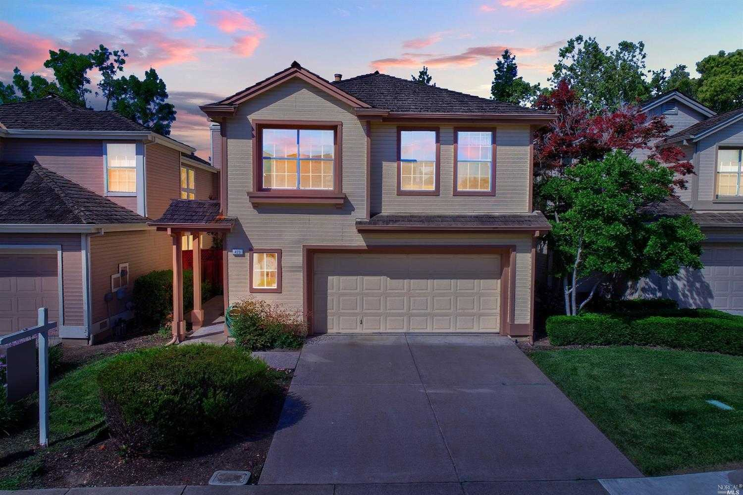 $749,500 - 4Br/3Ba -  for Sale in Martinez
