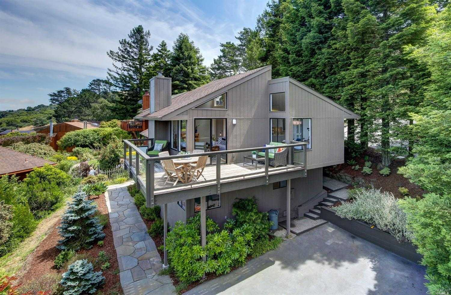 $1,395,000 - 3Br/2Ba -  for Sale in Mill Valley