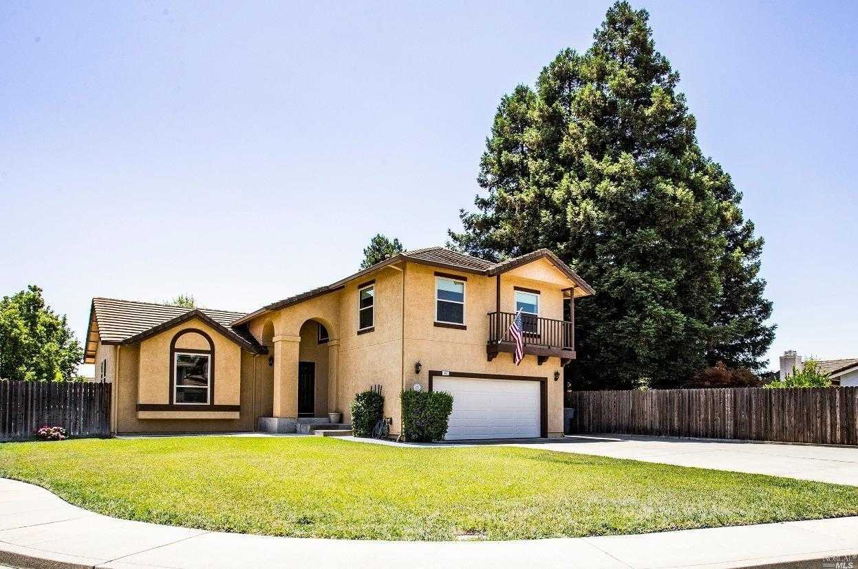 $585,000 - 4Br/3Ba -  for Sale in Stonegate Estates, Vacaville