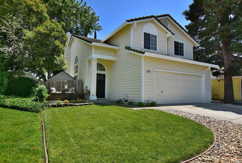 $499,000 - 4Br/3Ba -  for Sale in Regency Park, Vacaville
