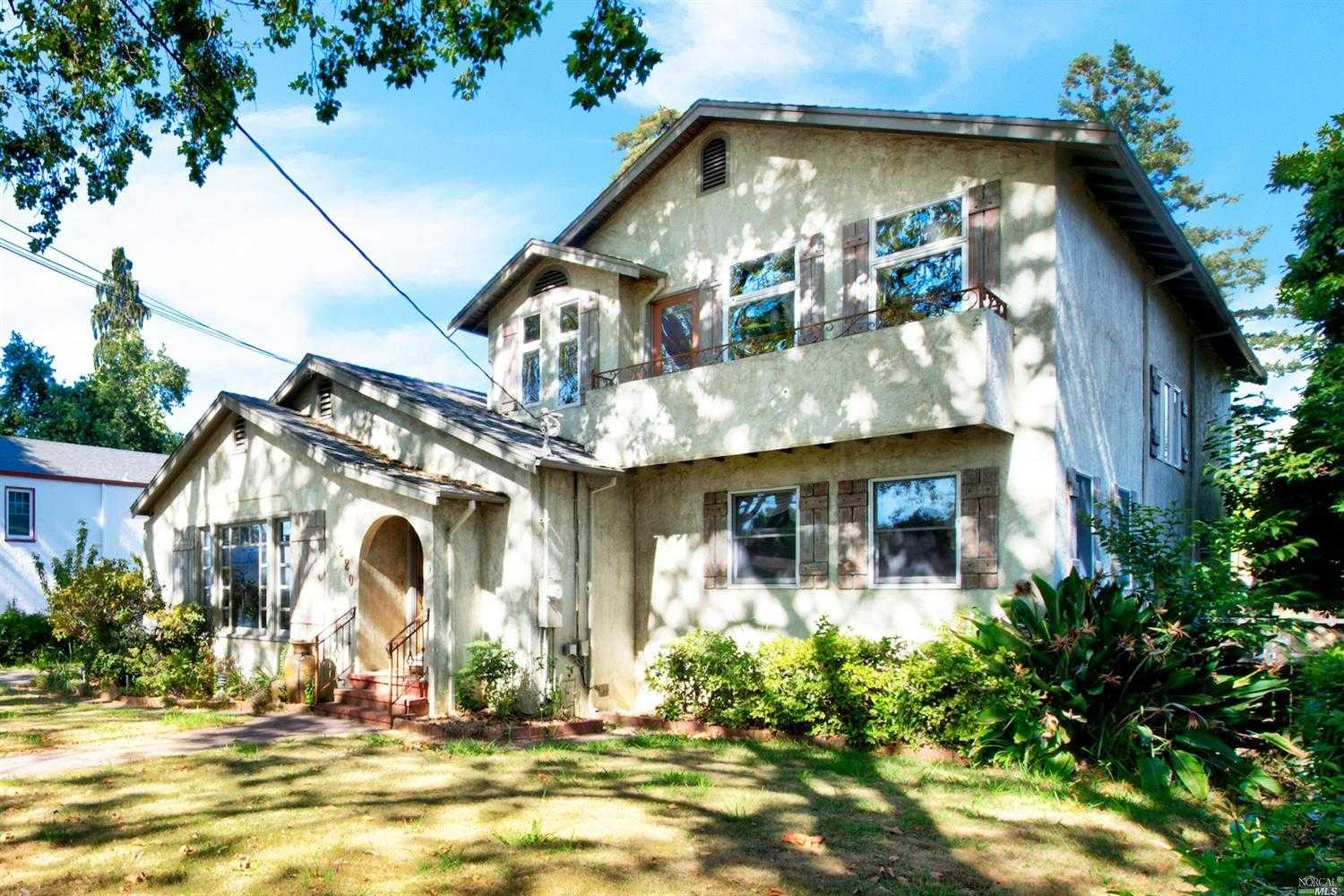 $949,000 - 3Br/3Ba -  for Sale in Napa
