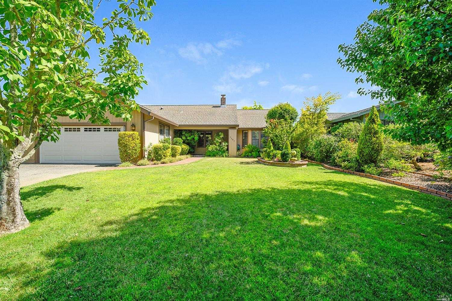$825,000 - 3Br/2Ba -  for Sale in Napa